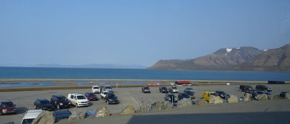Longyearbyen-airport-Svalbard