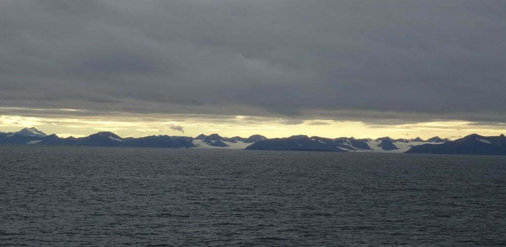 montagne-Pyramida-Svalbard