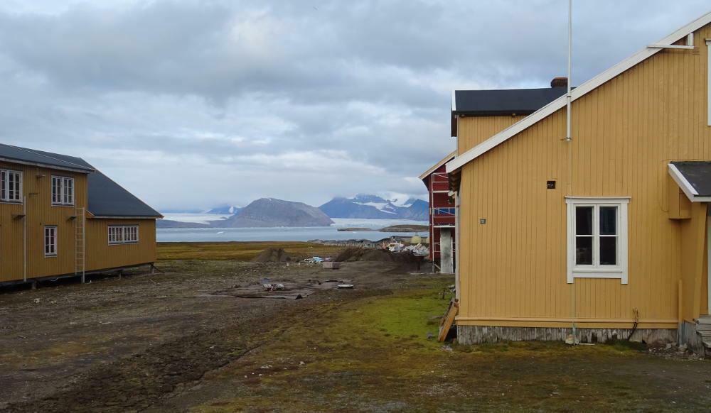 Ny-Ålesund-paesaggio