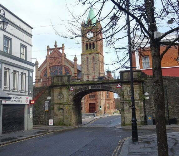 Derry-guildhall-wall