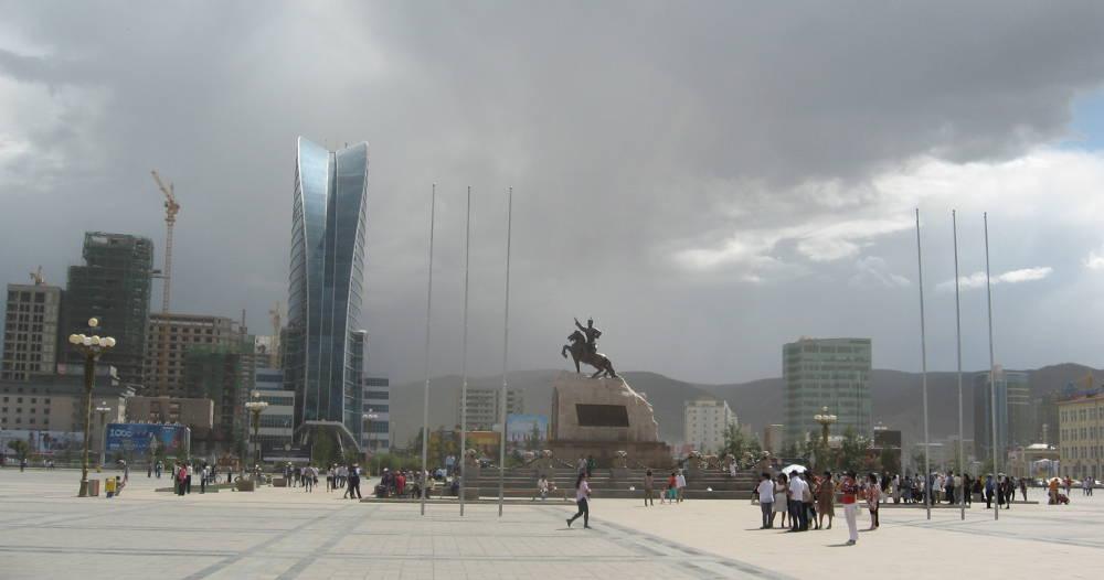 Piazza Sukhbaatar - Ulaan Baatar Mongolia Transiberiana