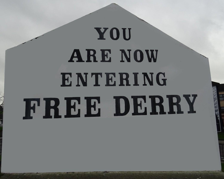 murales free Derry