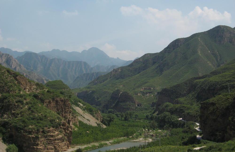 visione montagne Cina da treno Transiberiana