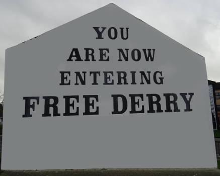 Ireland - Derry - murales free Derry